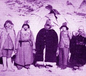 Osman Batur, dağda silah arkadaşlarıyla